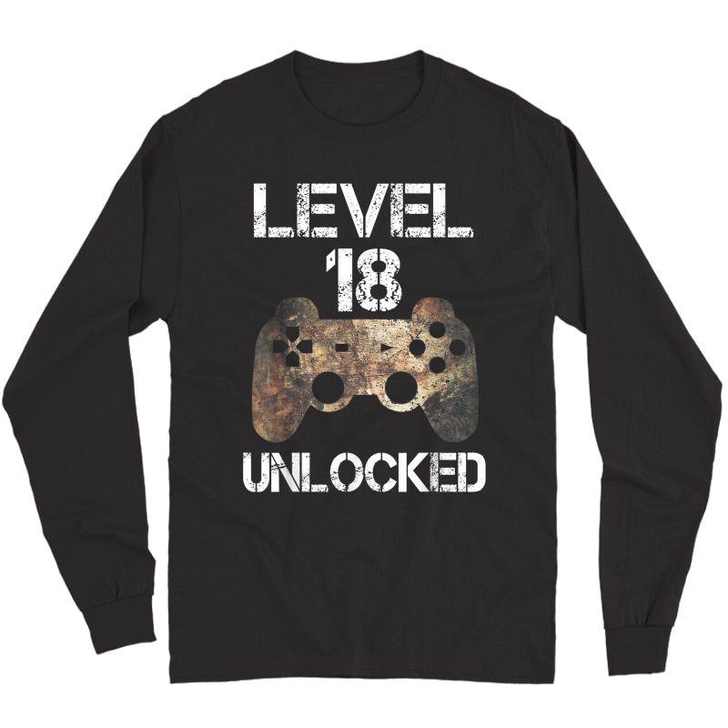 Level 18 Unlocked 18th Birthday 18 Year Old Gamer T-shirt Long Sleeve T-shirt